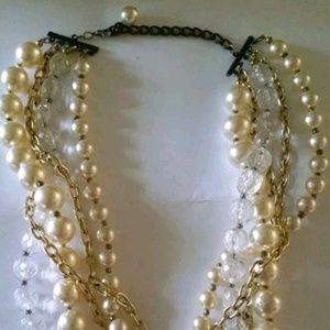 Vintage multichain pearl neckalce
